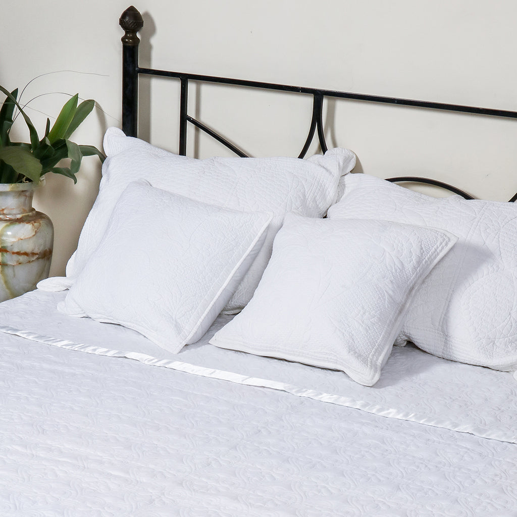 Simply White - Bed Cover