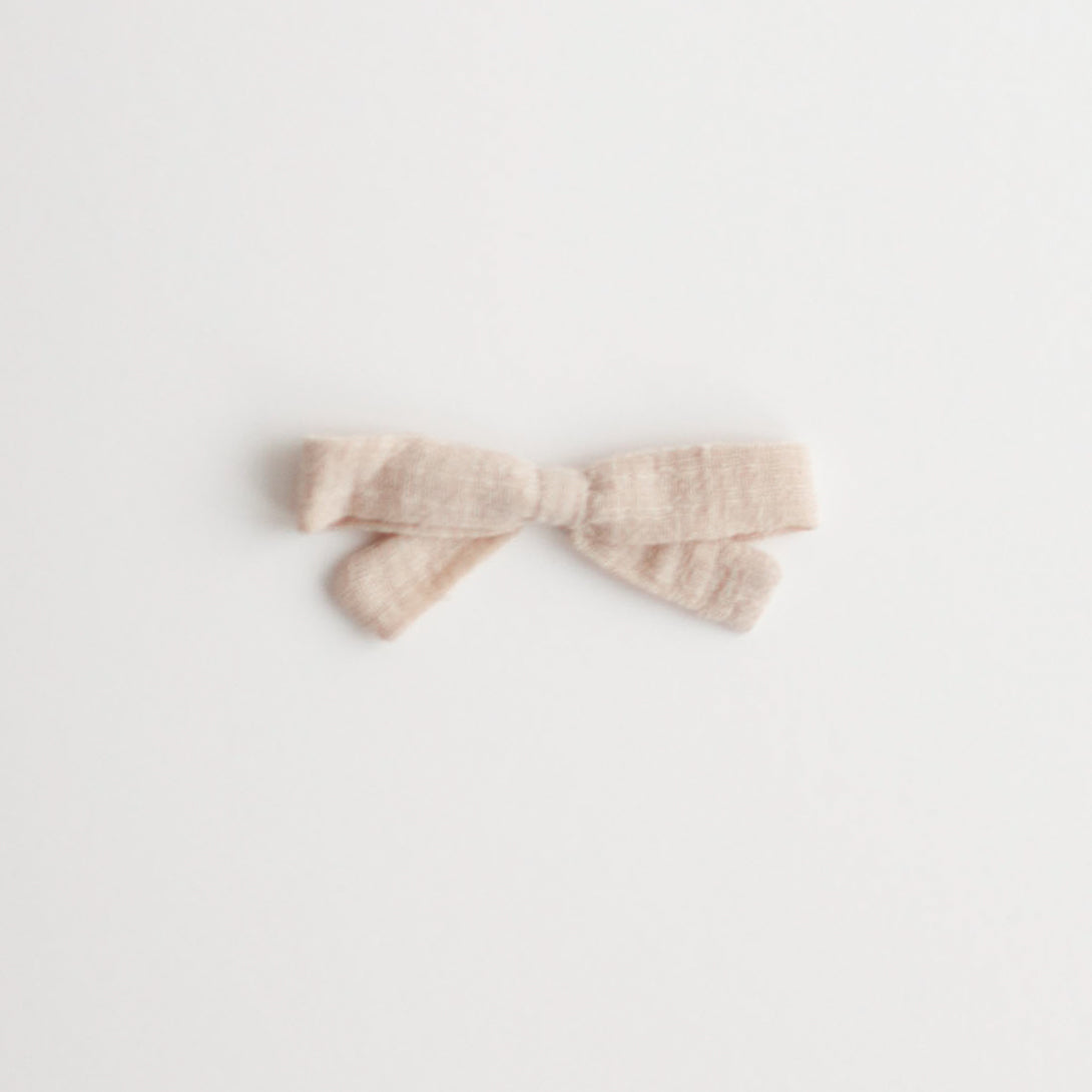 Small Bow, Cream Linen