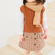 Load image into Gallery viewer, Brown Cable Knit Split Vest