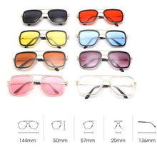 Load image into Gallery viewer, Kids Rounded Square Gold Frame Sunglasses