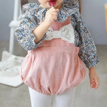 Load image into Gallery viewer, Girls Floral Ruffle Collar Blouse