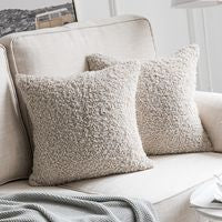 Decorative  Faux Wool Fur Throw Pillow Covers Super Soft Faux Wool Pillow Cases Luxious Cushion Covers for Sofa  45*45cm