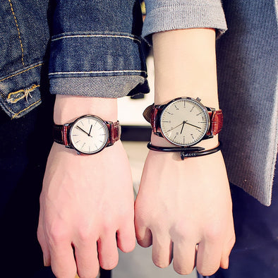 Fashion Vintage Student Couple Watch Leather Quartz Top Brands Men's Watches Casual Sports Wristwatch Woman Relojes