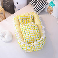 homese Baby Bassinet for Bed All in one Portable Infant Co-Sleeping Cribs Lounger Newborn Sleeping Nest 100% Cotton Super Soft Breathable Washable with Quilt Pillow Yellow Lemon