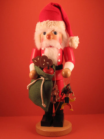 German Nutcracker: Santa