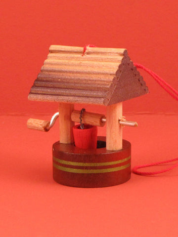 German Christmas Ornament: Wishing Well