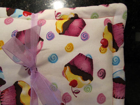 Millie's Potholders: Cupcake (set of two)