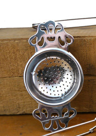 Shaker Herbal Teas: Tea Strainer