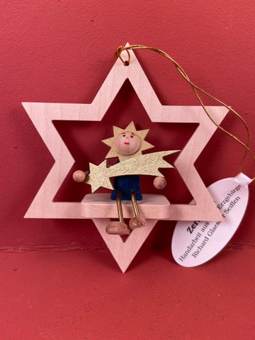 German Christmas Ornament: Star with Comet