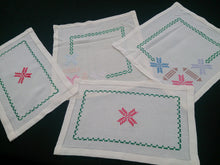 Load image into Gallery viewer, Retro Vintage Set of 4 Hand Embroidered White Linen Doilies or Placemats 2 X Square, 2 X Rectangular Soft Cotton Linen Placemats