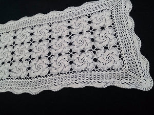 Vintage Crocheted Rectangular Lace Ivory Coloured Table Runner