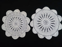 Load image into Gallery viewer, Set of 3 Vintage Crocheted Antique Linen White Colour Cotton Lace Doilies
