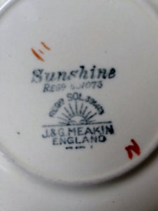 "Rare Vintage J & G Meakin (UK) Sunshine Pickwick Pattern 6.5"" Saucer"