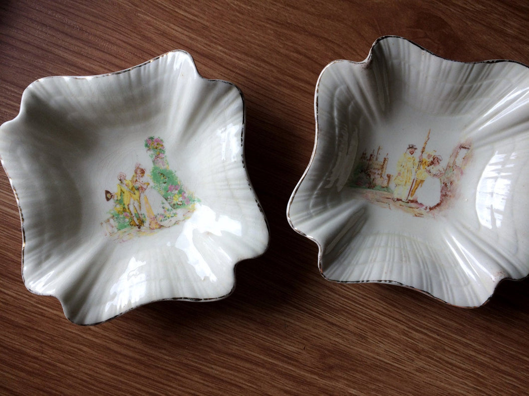 A Pair of English Vintage J and G Meakin Ring/Pin/Soap Dishes