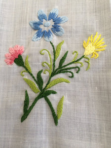 Vintage Embroidered White Linen Tea/Guest Towel with Ajour (Openwork) and Garden Flowers
