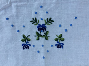Vintage Embroidered White Linen Tea/Guest Towel with Blue Scalloped Edge and Blue Flowers
