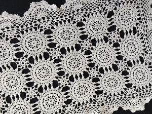 Vintage White Crocheted Cotton Lace Doily/Placemat