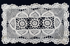 Crocheted Ivory Coloured Vintage Chunky Cotton Lace Doily, Tray Cloth or Placemat