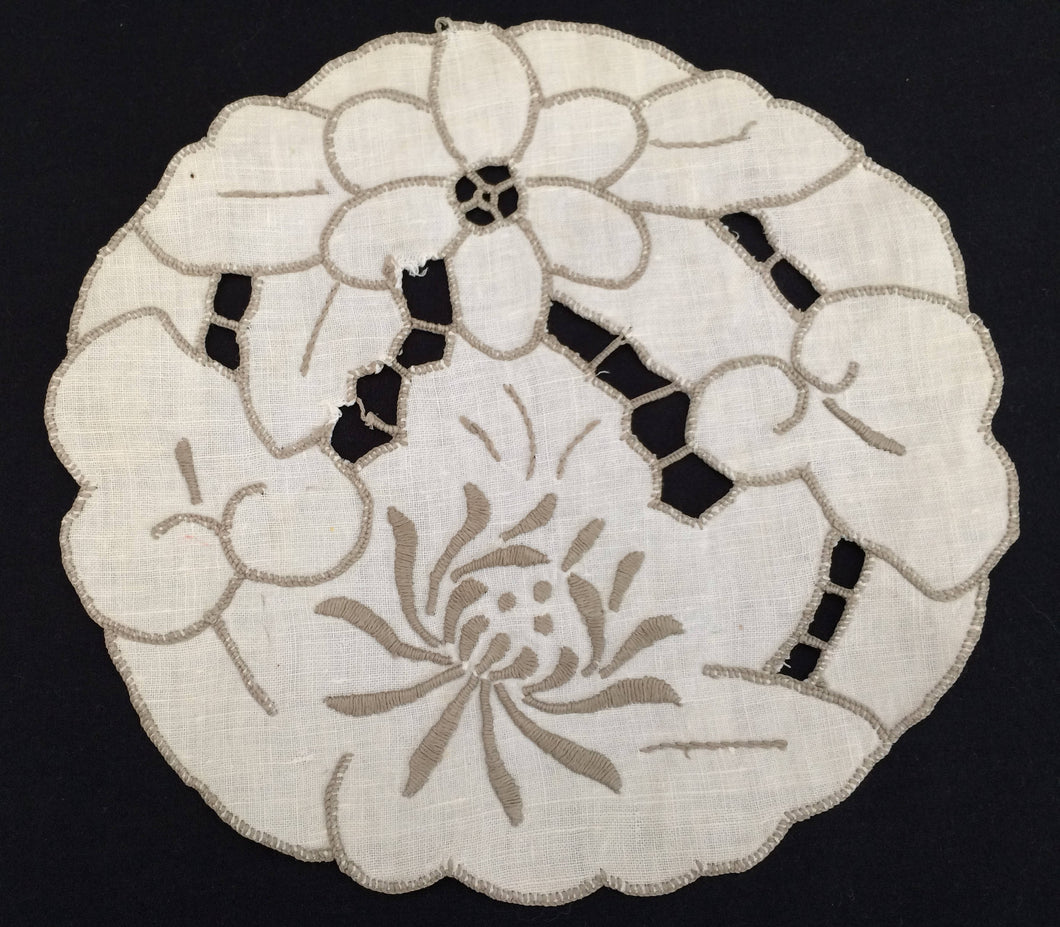 Small Madeira Embroidered Vintage Off White and Grey Colour Cotton Linen Doily with Chrisanthemum Pattern