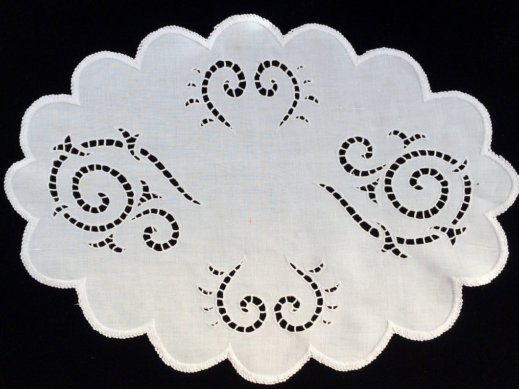 Vintage 1950s Madeira Hand Embroidered Oval White on White Cutwork Linen Doily or Placemat with Scalloped Edge