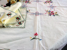 Load image into Gallery viewer, Cross Stitch Embroidered Vintage Pale Yellow Tablecloth and 4 Napkins Set
