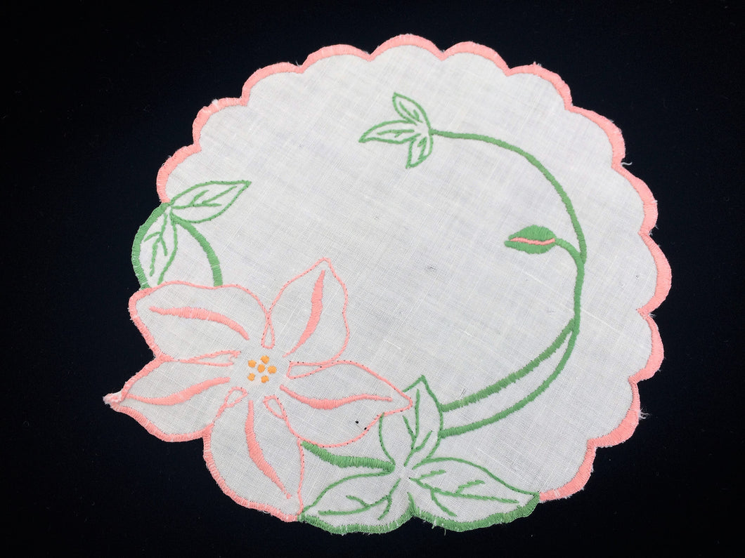 1930 - 1940s Vintage Irregular Shape White Embroidered Linen Doily with Pink Scalloped Edging