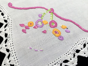 Vintage Embroidered White Linen Flower Basket Design Doily with Crochet Lace Edging