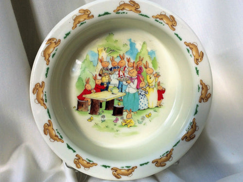 Royal Doulton Bunnykins Vintage Collectible Cereal Bowl, Soup or Dessert Bowl