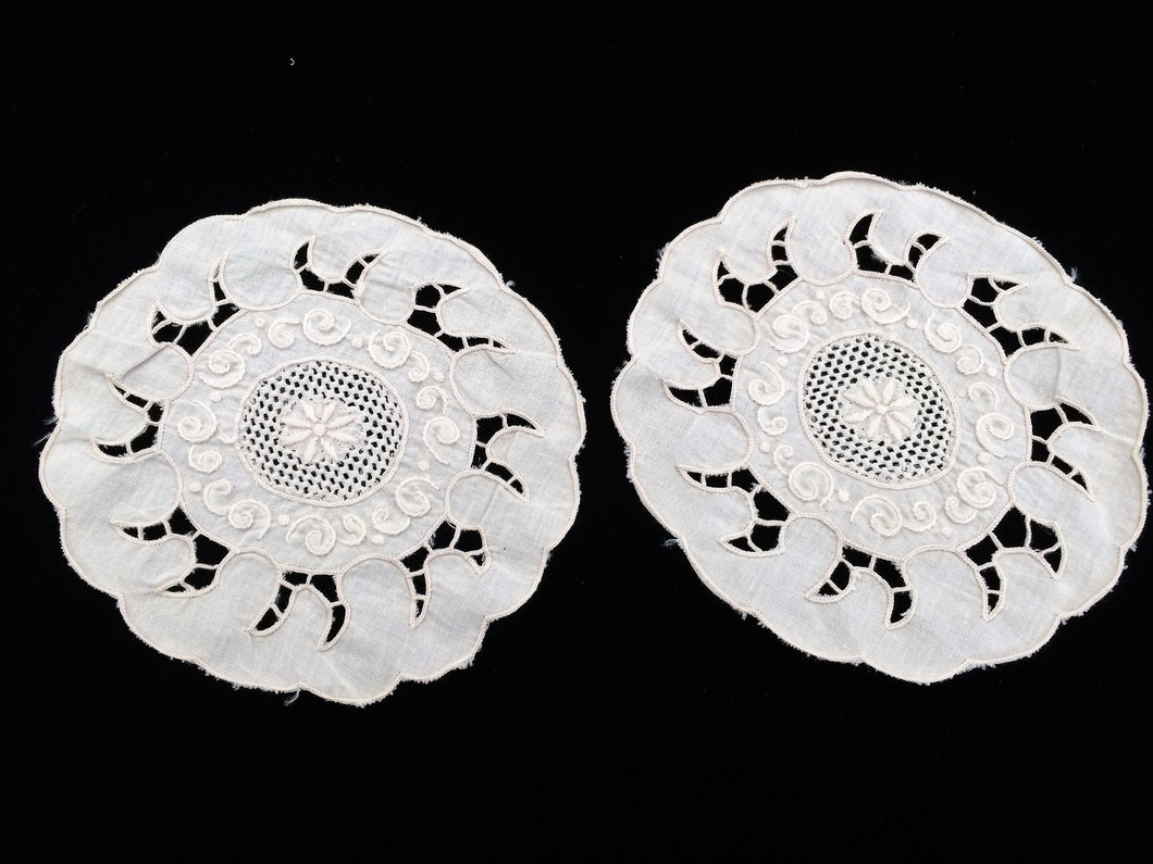 A Pair of Small Vintage Ivory Madeira Embroidered Linen Doilies
