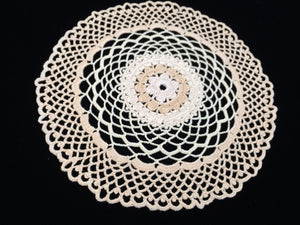 Vintage Style NEW Ivory/Beige/Champagne Coloured Round Cotton Lace Doily