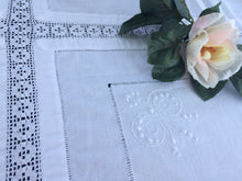 Load image into Gallery viewer, Irish Lace and Linen Antique White Embroidered Linen and Filet Crochet Tablecloth
