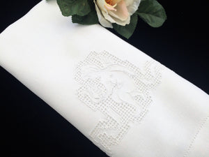 Vintage Embroidered Angel Pattern Linen Tea or Guest Towel