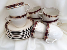 Load image into Gallery viewer, Alfred Meakin (UK) Maroon and Gold Vintage Tea Set 18 Pieces