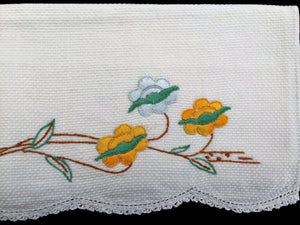 Vintage 1940s Embroidered White Waffle Linen Tea or Guest Towel with Crocheted Scalloped Edge