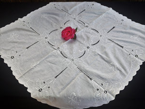 Embroidered White Vintage Cotton Linen Tablecloth with Scalloped Edging