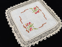 Load image into Gallery viewer, Vintage Cross Stitch Embroidered Off-white Linen Doily with Deep Ivory Crochet Lace Edging