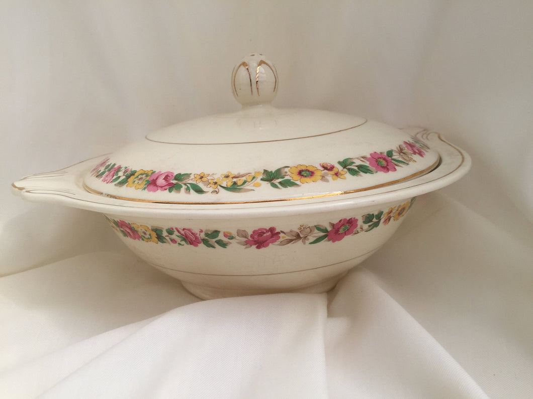 J & G Meakin Vintage Ceramic Vegetable Serving Bowl with Lid