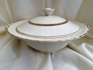 Creampetal Grindley Vintage Ceramic Vegetable Serving Bowl with Lid