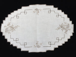 Vintage Ajour Openwork Embroidered Doily. Off-White/Taupe Linen Table Centre Mat
