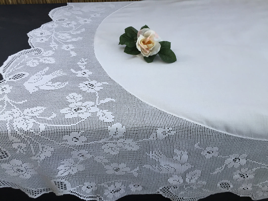 Vintage Irish Lace and Linen Tablecloth with Mary Card Designed Filet Crochet Edging