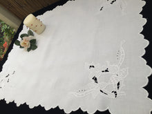 Load image into Gallery viewer, Antique Victorian/Edwardian Irish Linen Table Runner. Madeira Cutwork Hand Embroidered Linen Butler's Cloth with Scalloped Edging