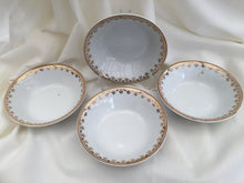 Load image into Gallery viewer, Alfred Meakin 4 Small Vintage Dessert Bowls/Butter/Jam Dishes