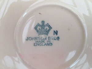 "Vintage Johnson Brothers JB1179 Pattern Large 6.5"" Orphan Saucer"