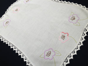 Large Australian Vintage Embroidered Linen Doily, Tray Cloth or Place Mat/Table Centre Mat with Flowers and White Lace Edge
