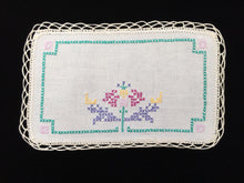 Load image into Gallery viewer, Vintage Cross Stitch Embroidered Off-white Linen Doily with Beige Crocheted Edging