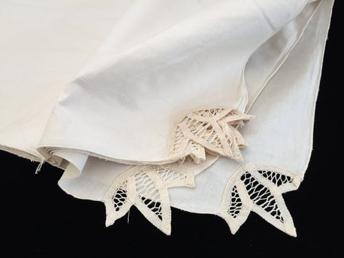 Unused Vintage Set of 12 Ivory Cotton Linen Party Napkins with Battenburg Lace Detail