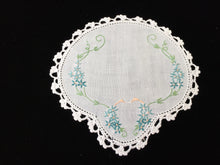 Load image into Gallery viewer, 1930s Australian Vintage Hand Embroidered Doily with a Crochet Lace Edging
