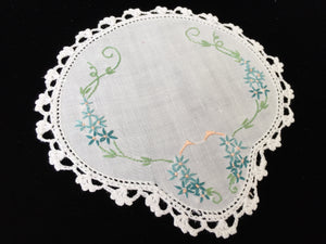 1930s Australian Vintage Hand Embroidered Doily with a Crochet Lace Edging