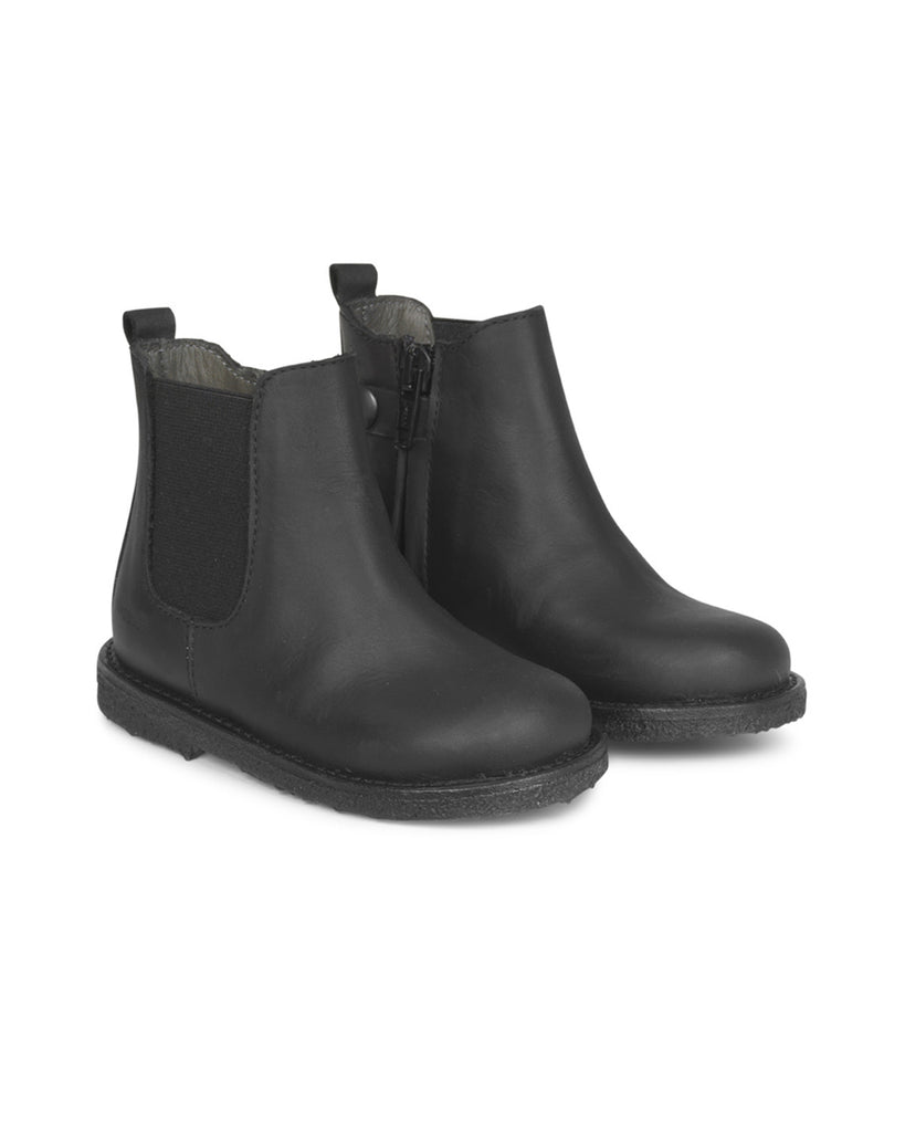 black chelsea boots with inside zipper