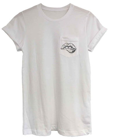 Androgynous Fox white crew neck pocket tee with small lips printed in black on the pocket.